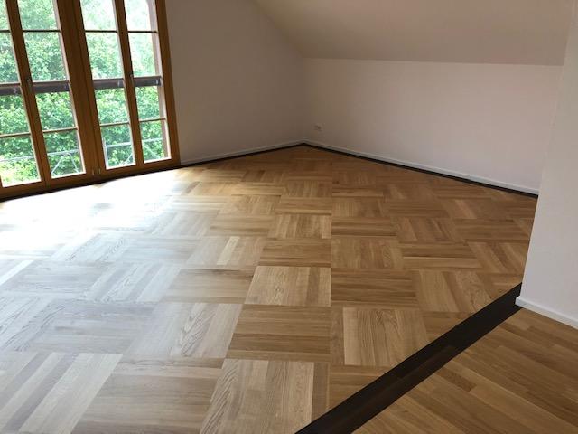 https://www.moebelbuergyag.ch/wp-content/uploads/Parkett-Fläche.jpg